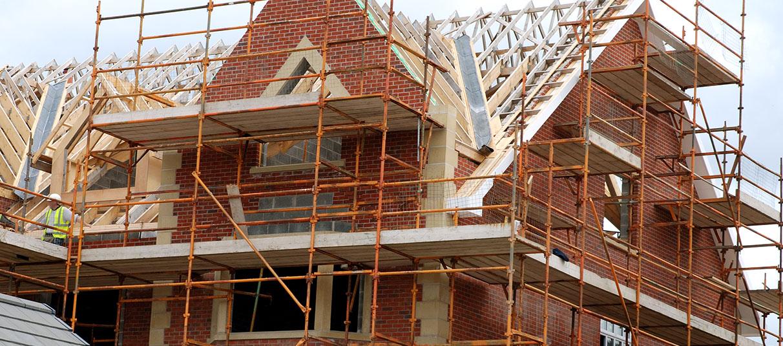Jak reklamować firmę budowlaną w Wielkiej Brytanii?